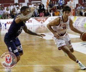 https://www.tp24.it/immagini_articoli/08-06-2018/1528464551-0-basket-dividono-strade-cestista-viglianisi-trapani-comunicato.jpg