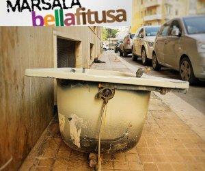 https://www.tp24.it/immagini_articoli/08-07-2018/1531015730-0-marsala-bella-fitusa-vasca-bagno-corsica-degrado-frisella.jpg