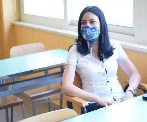 https://www.tp24.it/immagini_articoli/08-07-2020/1594176823-0-la-ministra-azzolina-in-sicilia-la-scuola-deve-arrivare-a-chi-ha-piu-difficolta.jpg