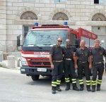 https://www.tp24.it/immagini_articoli/08-08-2018/1533711913-0-squadra-antincendio-boschivo-vigili-fuoco-favignana.jpg