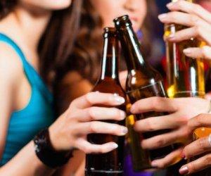 https://www.tp24.it/immagini_articoli/08-08-2018/1533745733-0-marsala-possono-bere-alcolici-bottiglie-vetro-luoghi-pubblici.jpg