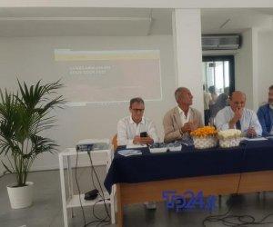 https://www.tp24.it/immagini_articoli/08-08-2019/1565258670-0-cous-cous-fest-vito-capo-catamarano-trapani-info-orari.jpg