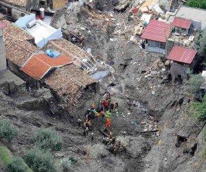 https://www.tp24.it/immagini_articoli/08-11-2018/1541645972-0-labusivismo-italia-sicilia-anni-tragedia-sarno-nessun-insegnamento.jpg