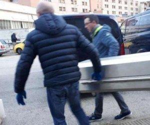 https://www.tp24.it/immagini_articoli/08-12-2018/1544278106-0-figlio-morto-anni-discoteca-succede-solo-italia.jpg