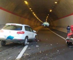 https://www.tp24.it/immagini_articoli/09-01-2020/1578569531-0-sicilia-contromano-autostrada-provoca-scontro-ferisce-quattro-persone.jpg