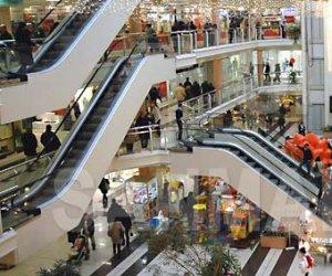 https://www.tp24.it/immagini_articoli/09-04-2018/1523267717-0-sicilia-pronta-legge-shopping-super-festivi.jpg