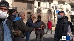 https://www.tp24.it/immagini_articoli/09-04-2020/1586409941-0-coronavirus-salemi-protesta-piazza-braccianti-tunisini-buoni-pasto.jpg