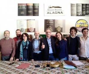 https://www.tp24.it/immagini_articoli/09-05-2018/1525849481-0-progettiamo-marsala-punta-giovani-eletto-coordinamento.jpg