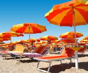 https://www.tp24.it/immagini_articoli/09-05-2021/1620550015-0-sicilia-la-stagione-balneare-si-sposta-a-giugno-solo-un-lido-su-5-riapre-nei-prossimi-giorni.jpg
