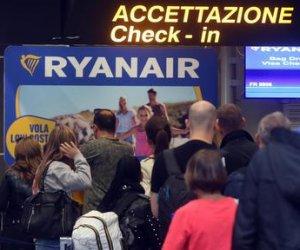 https://www.tp24.it/immagini_articoli/09-06-2018/1528546387-0-cancellato-volo-oriotrapani-ryanair-passeggeri-senza-posto-giorni.jpg