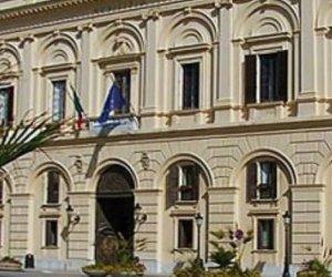 https://www.tp24.it/immagini_articoli/09-06-2018/1528546702-0-vota-trapani-fiato-sospeso-aspetta-sindaco.jpg