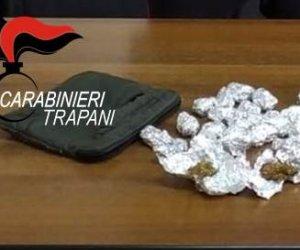 https://www.tp24.it/immagini_articoli/09-06-2021/1623230003-0-spacciano-marijuana-e-cocaina-due-arresti-ad-alcamo-e-castellammare.jpg