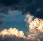 https://www.tp24.it/immagini_articoli/09-08-2018/1533800046-0-meteo-ancora-qualche-nuvola-provincia-trapani-caldo.jpg