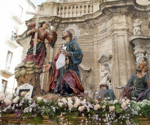 https://www.tp24.it/immagini_articoli/09-08-2020/1596955858-0-nbsp-i-misteri-di-trapani-lantillo-contro-d-aleo-tutti-contro-lantillo.jpg