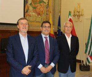 https://www.tp24.it/immagini_articoli/09-09-2019/1568010286-0-castelvetrano-cgil-cisl-incontrano-sindaco-alfano.jpg