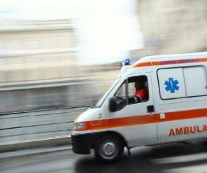 https://www.tp24.it/immagini_articoli/09-11-2018/1541760279-0-alcamo-senza-assicurazione-revisione-patente-scaduta-sequestrata-ambulanza.jpg