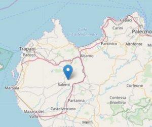 https://www.tp24.it/immagini_articoli/09-11-2018/1541784353-0-terremoto-salemi-terra-trema-anche-milo-puglia.jpg