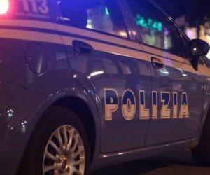 https://www.tp24.it/immagini_articoli/09-12-2019/1575923347-0-sicilia-poliziotti-aggrediti-quaranta-persone-mentre-cercavano.jpg