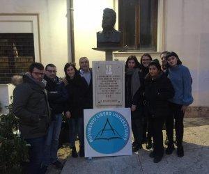 https://www.tp24.it/immagini_articoli/10-01-2018/1515576175-0-castelvetrano-nasce-movimento-libero-universitario.jpg