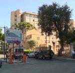 https://www.tp24.it/immagini_articoli/10-01-2019/1547128153-0-sicilia-riprende-lunga-attesa-pronto-soccorso-viene-arrestato.jpg