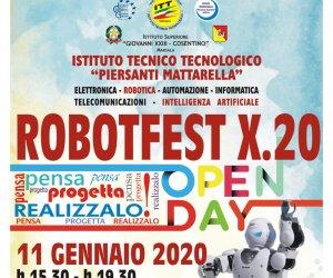 https://www.tp24.it/immagini_articoli/10-01-2020/1578644914-0-robofest-open-allistituto-tecnico-mattarella-marsala.jpg