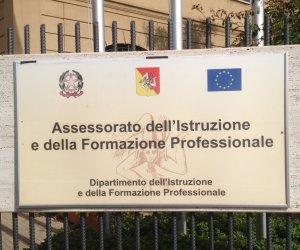 https://www.tp24.it/immagini_articoli/10-01-2020/1578650965-0-sicilia-insediata-consulta-studentesca-diritto-studio.jpg