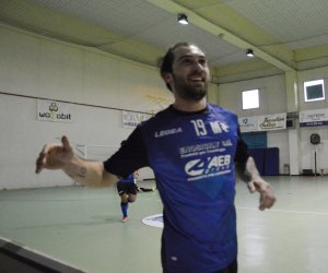 https://www.tp24.it/immagini_articoli/10-02-2019/1549814881-0-marsala-futsal-ritorna-zona-play-battuta-vigor-cataldo.jpg
