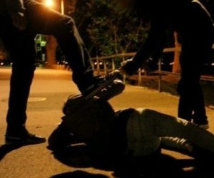 https://www.tp24.it/immagini_articoli/10-02-2020/1581335033-0-aggressione-razzista-palermo-ventenne-accerchiato-preso-pugni.jpg