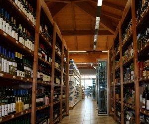 https://www.tp24.it/immagini_articoli/10-03-2016/1457590574-0-vini-nero-d-avola-il-vino-piu-venduto-nei-supermercati-siciliani-poi-syrah-e-inzolia.jpg