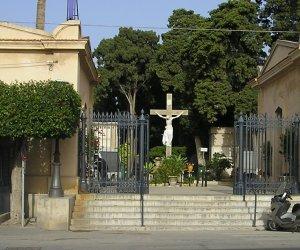 https://www.tp24.it/immagini_articoli/10-04-2019/1554898855-0-trapani-degrado-incuria-cimitero-comunale.jpg