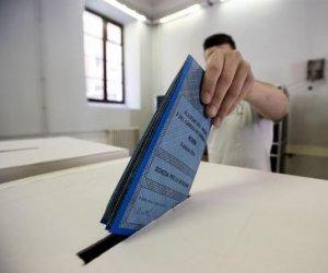 https://www.tp24.it/immagini_articoli/10-05-2018/1525928331-0-elezioni-comuni-voto-sicilia-oltre-urne-coalizioni-divise.jpg