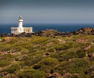 https://www.tp24.it/immagini_articoli/10-06-2017/1497101068-0-aggiudicata-gestione-fari-pantelleria-marettimo.jpg
