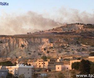 https://www.tp24.it/immagini_articoli/10-06-2019/1560167587-0-sicilia-antincendio-milioni-parco-automezzi-corpo-forestale.jpg