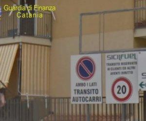 https://www.tp24.it/immagini_articoli/10-06-2020/1591777098-0-contrabbando-di-gasoli-da-mazara-a-catania-sequestro-per-4-5-milioni-di-eruo-per-alessandro-tirendi-nbsp.png