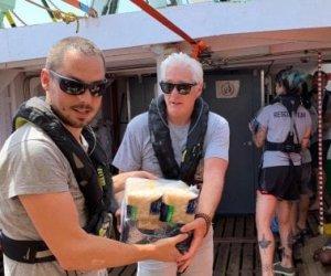 https://www.tp24.it/immagini_articoli/10-08-2019/1565414790-0-persone-bloccate-mare-largo-sicilia-campo-anche-diversi.jpg