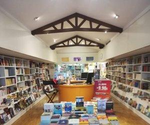 https://www.tp24.it/immagini_articoli/10-09-2019/1568113706-0-gente-legge-palermo-chiude-unaltra-storica-libreria-broadway.jpg