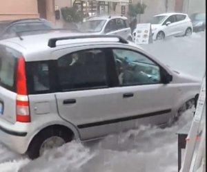 https://www.tp24.it/immagini_articoli/10-09-2019/1568138411-0-sicilia-colpita-temporali-nubifragio-castellammare-strade-torrenti-video.png