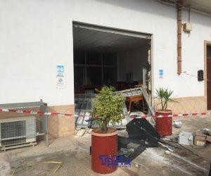 https://www.tp24.it/immagini_articoli/10-11-2019/1573424456-0-banda-dellescavatore-colpisce-ancora-quattro-colpi-quattro-mesi.jpg