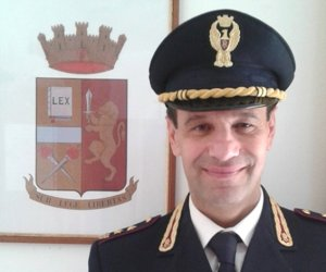 https://www.tp24.it/immagini_articoli/11-01-2017/1484123101-0-salvatore-altese-e-il-nuovo-commissario-di-polizia-di-marsala.jpg