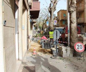 https://www.tp24.it/immagini_articoli/11-05-2018/1526016151-0-marsala-continuano-lavori-strade-marciapiedi.jpg