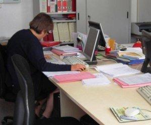 https://www.tp24.it/immagini_articoli/11-05-2021/1620751187-0-scuola-graduatorie-nbsp-ata-in-sicilia-oltre-265-mila-domande-20-mila-nel-trapanese.jpg
