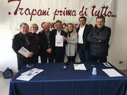 https://www.tp24.it/immagini_articoli/11-06-2018/1528704615-0-trapani-consiglio-comunale-forza-italia-secco-abbruscato-elegge.jpg