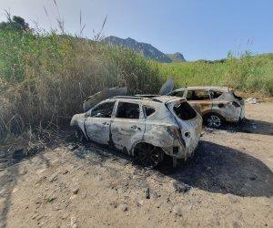 https://www.tp24.it/immagini_articoli/11-06-2019/1560278201-0-auto-terme-segesta-incendiate-motivi-sentimentali.jpg