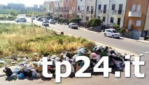 https://www.tp24.it/immagini_articoli/11-07-2018/1531289507-0-castelvetrano-bellolampo-differenziata-rifiuti-ecco-cosa-accade.jpg