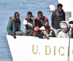 https://www.tp24.it/immagini_articoli/11-07-2018/1531306253-0-arriva-trapani-nave-diciotti-naufraghi-salvati-mare.jpg