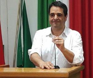 https://www.tp24.it/immagini_articoli/11-07-2019/1562854183-0-alfio-mannino-segretario-generale-cgil-sicilia.jpg