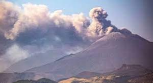 https://www.tp24.it/immagini_articoli/11-08-2021/1628669358-0-sicily-s-mount-etna-taller-than-ever-after-six-months-of-activity.jpg