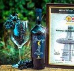 https://www.tp24.it/immagini_articoli/11-09-2018/1536653733-0-vini-armonia-dellenologo-trapanese-vito-oddo-trionfa-allasia-wine-trophy.jpg