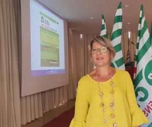 https://www.tp24.it/immagini_articoli/11-09-2019/1568183749-0-pensionati-rosaria-aquilone-segretaria-generale-cisl-palermo-trapani.jpg