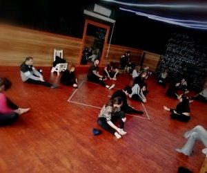 https://www.tp24.it/immagini_articoli/11-09-2019/1568184303-0-iscrizioni-corsi-scuola-teatro-diretta-giacomo-bonagiuso.jpg